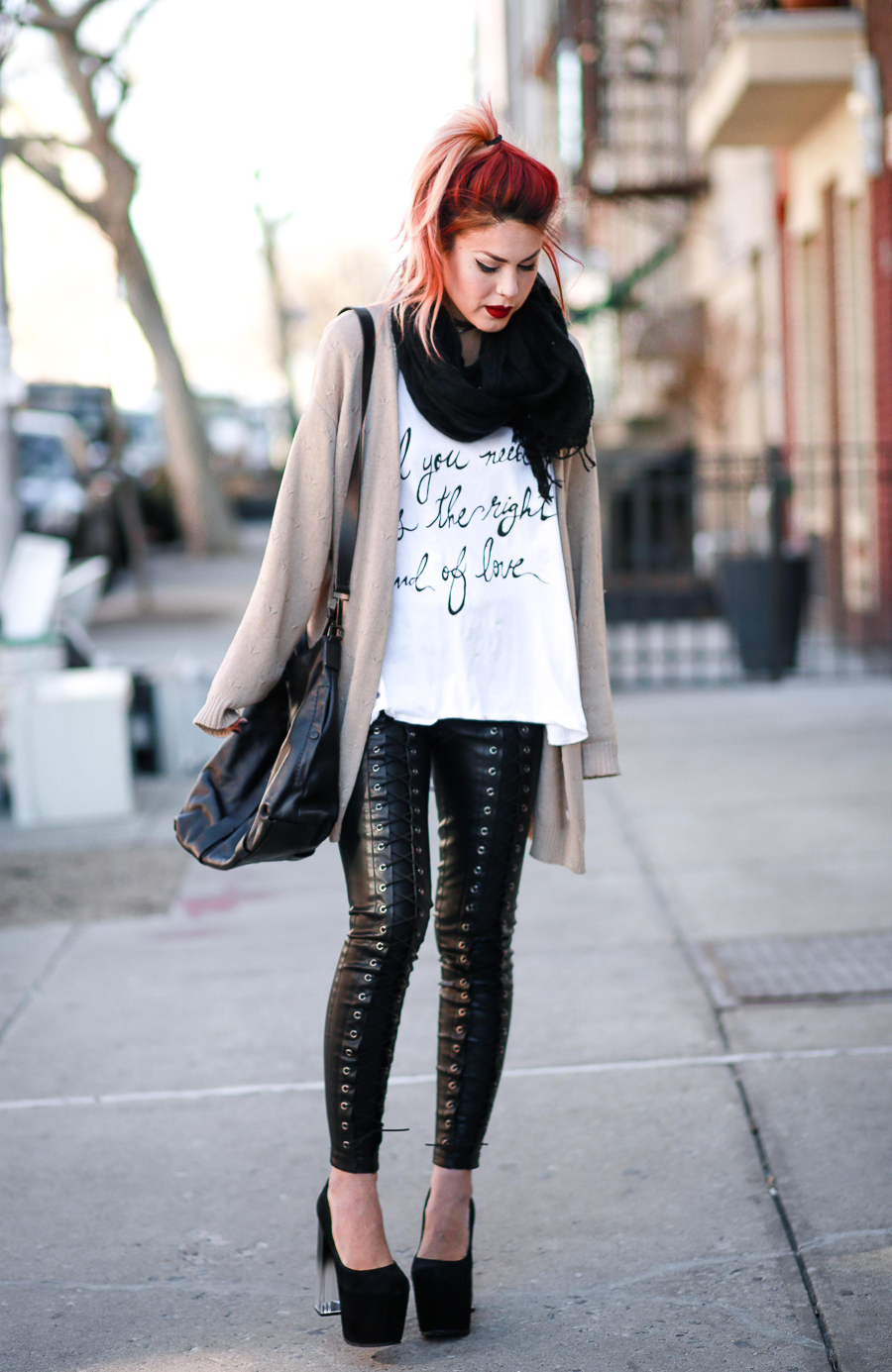 Le Happy wearing Jac Vanek tee and Line and Dot leggings