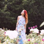Le Happy wearing House of Harlow for Revolve maxi dress and Maybelline make up